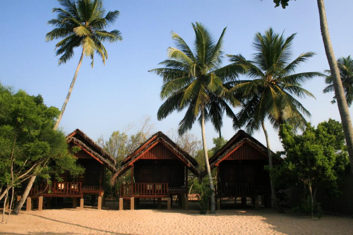 5 wooden cabanas