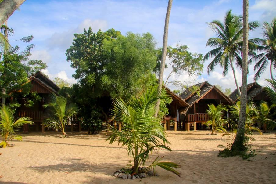 Shivau0027s Beach Cabanas